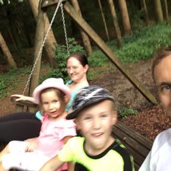 Babysitter Job Anthering: Babysitter Job Martin
