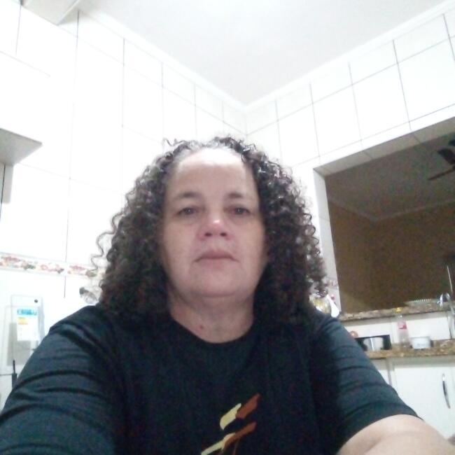 Babá em Mogi das Cruzes: Ednalva
