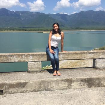 Babysitter in Nuevo Laredo: Esmeralda