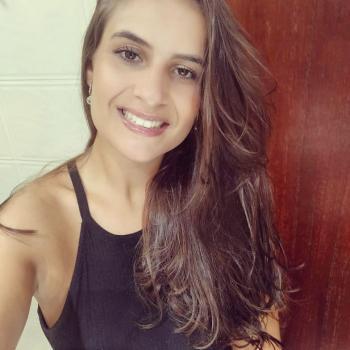 Emprego de babá Joinville: emprego de babá Luana