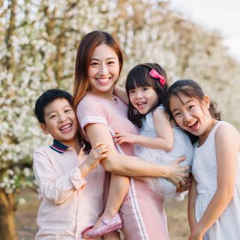 Babysitter Singapore: Candie