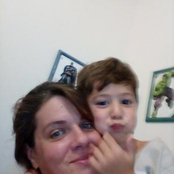 Babysitting job Curitiba: babysitting job Amanda