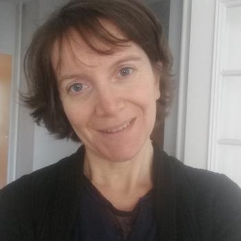 Baby-sitting Lyon: job de garde d'enfants Cecile