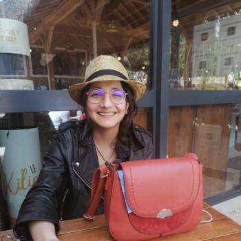 Baby-sitter in Rochecorbon: Sophie