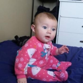 Babysitter Edmonton: Miley