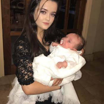 Babysitter Mayo: Chloe