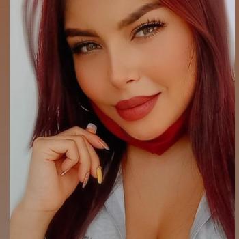 Babysitter in Armenia: Angie Melissa