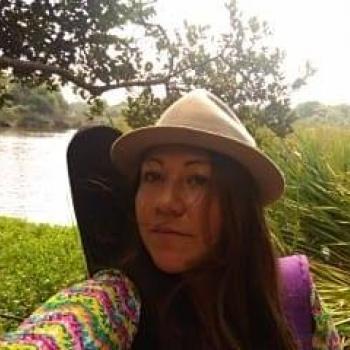 Niñera El Salitre (La Calera): Angie