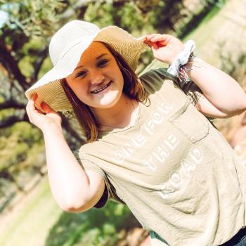 Babysitter in Parker Highlands: Alison