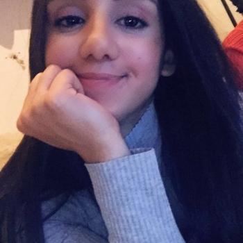 Babysitter Ternat: Samira