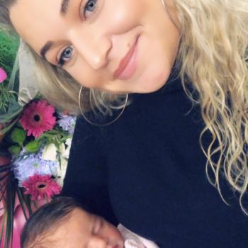 Babysitter Saint-Mard: Ines