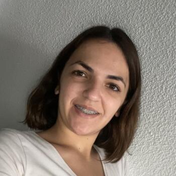 Babysitter in Elche: Lorena
