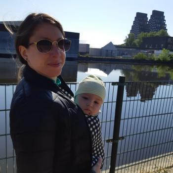 Babysitting job Amsterdam: babysitting job Astarti
