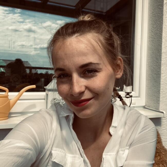 Babysitter in Limbach: Diana