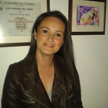 Babysitter Manizales: Adriana Patricia