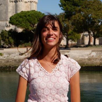 Babysitter in La Rochelle: Léna