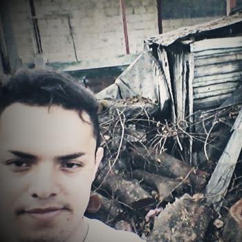 Agencia de cuidado de niños en Alajuelita: Luis Corea