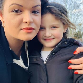 Babysitter in Breda: Demy
