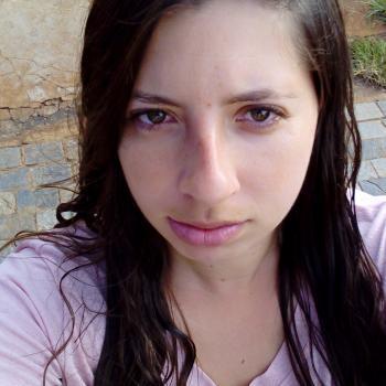 Babysitter Ribeirão Preto: Stella
