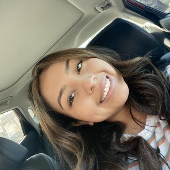 Babysitter Chula Vista: Adriana
