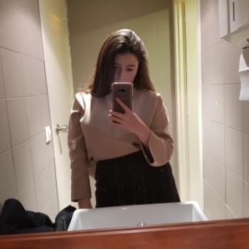 Babysitter Vilanova i la Geltrú: Emma