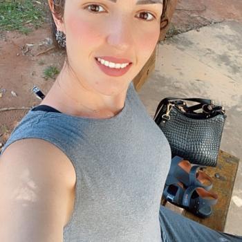 Emprego de babá em Goiânia: emprego de babá Samara