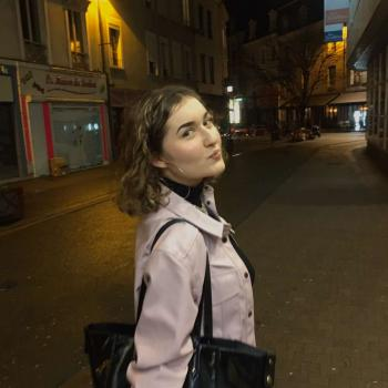 Baby-sitter Le Mans: Mathilde