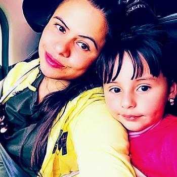 Babysitter Montreal: Isabel