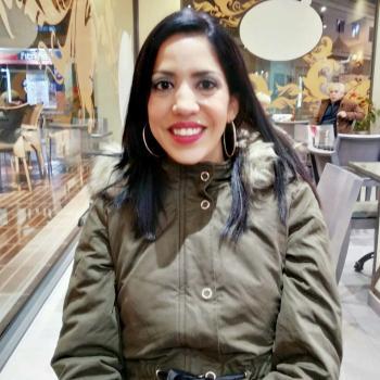 Niñera Benetússer: Angelica alvarez