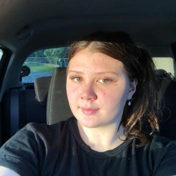 Babysitter in Whanganui: Victoria