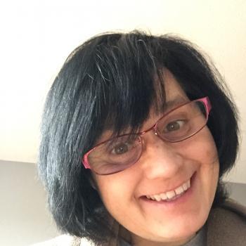 Baby-sitter Calgary: Juliana