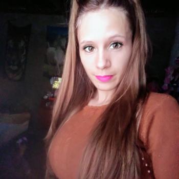 Babysitter in Santa Lucía: Laura Estefany