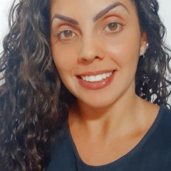 Babá Balneário Camboriú: Bruna