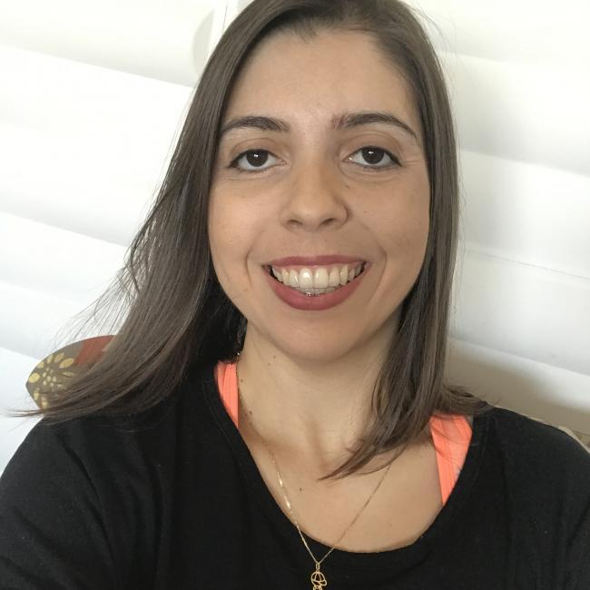 Emprego de babá em Ribeirão Preto: Aline