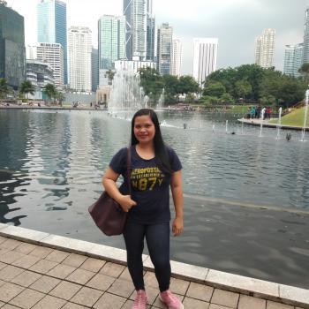 Pengasuh di Kuala Lumpur: Charie