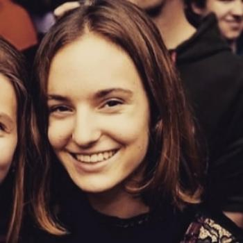 Babysitter Roeselare: Lara