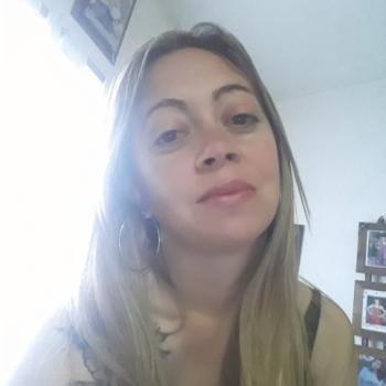 Niñera Berazategui: Perla