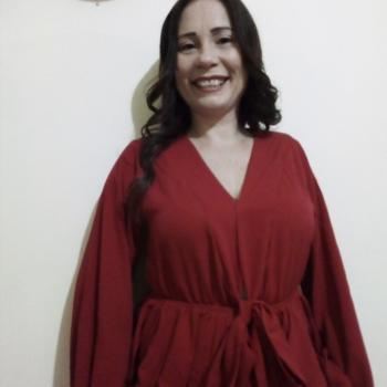 Niñera en Calle Blancos: Leslie