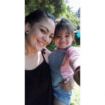 Babysitter Porirua: Destani
