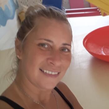Babysitter Porto: Claudia