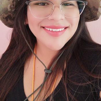 Babysitter in Jacobo Hunter: Dina Gabriela