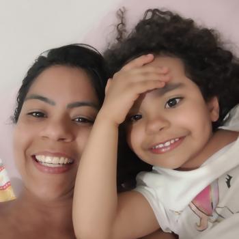 Famílias que ajudam famílias São Paulo: emprego de babá Daiane Vieira