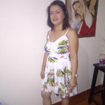 Niñera Bello: Nora elena