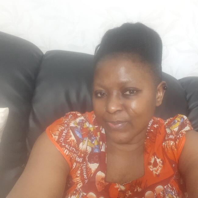 Dagmamma i Tumba: Ebob Priscillia