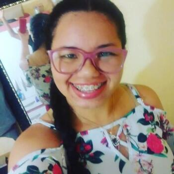 Babá em Fortaleza: Lilian