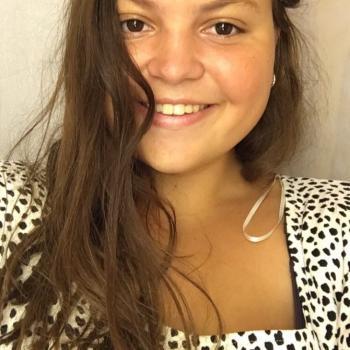 Babysitter Milano: Violetta