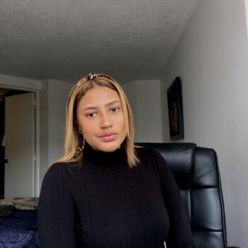 Babysitter in Colón: Leila