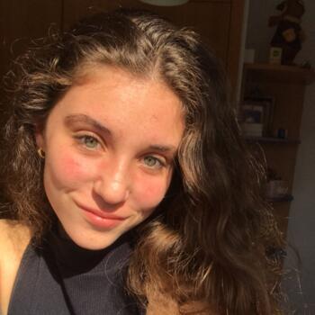 Babysitter in Las Rozas de Madrid: Inés
