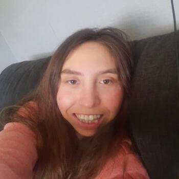 Babysitter in Tokoroa: Hannah Edwards