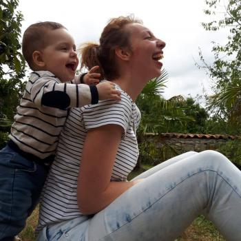 Baby-sitting Nantes: job de garde d'enfants Stéphanie